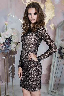Коктейльное платье с пайеткой