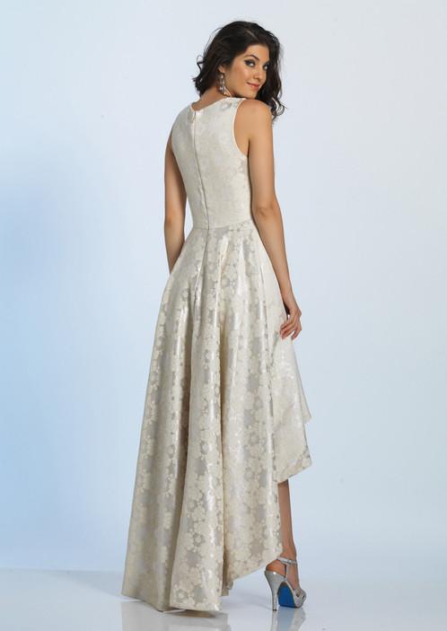 Каскадное платье из парчи