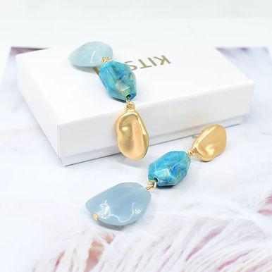 Летние серьги с декоративными камнями