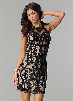 Вечернее платье с узором