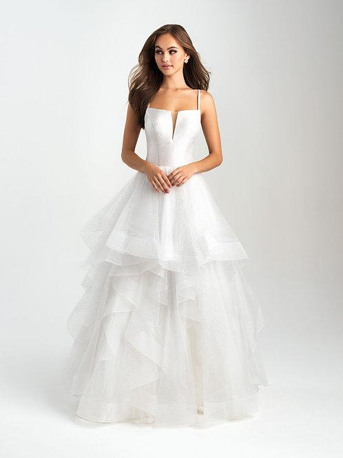 Свадебное платье с мерцающим эффектом