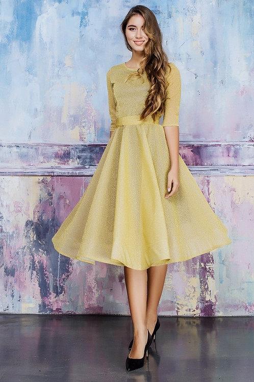 Романтичное платье миди с поясом