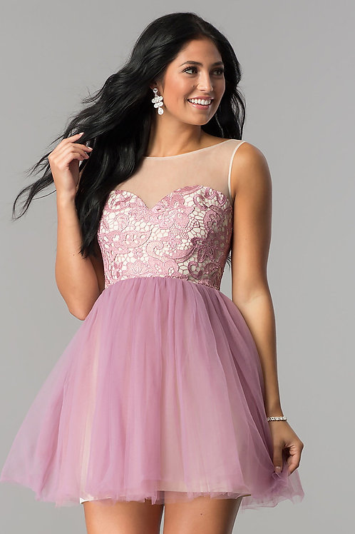 Платье-пачка с кружевом