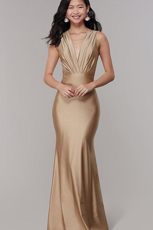 Лаконичное вечернее платье