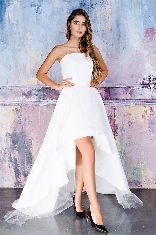 Каскадное платье с поясом