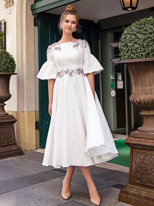Платье миди с рукавами воланами