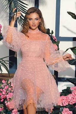 Воздушное платье в горошек