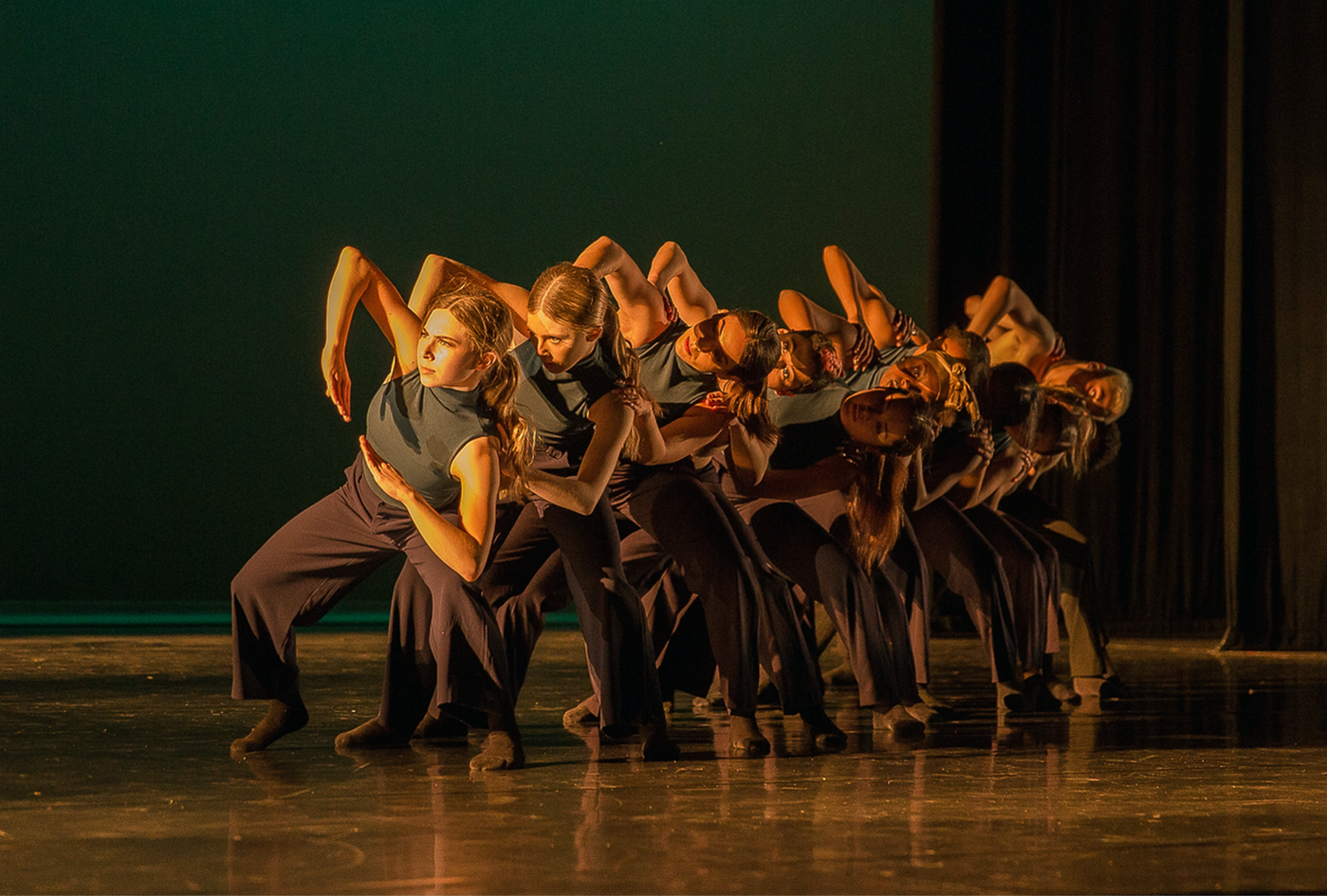 """""""AZIMUTH"""" choreographed by the Class of 2019"""