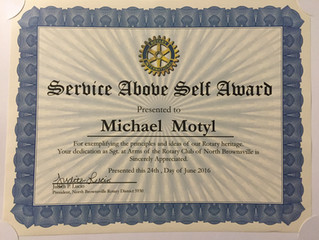 Motyl Recognized by Rotary