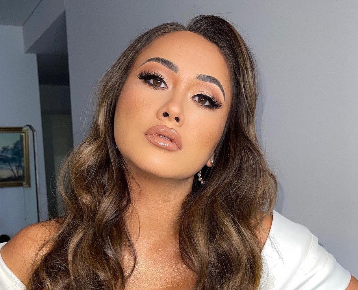 Glam Makeup - Studio