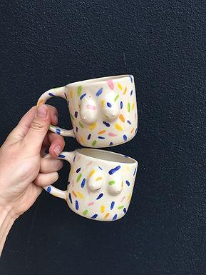 slowdaze_sprinkle titty mugs - Andrea La