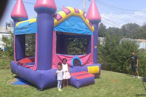 Dream Castle Bounce House 15' x 15'