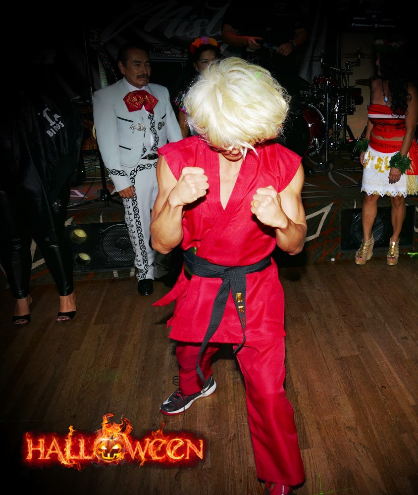 Halloween party Pic42.JPG