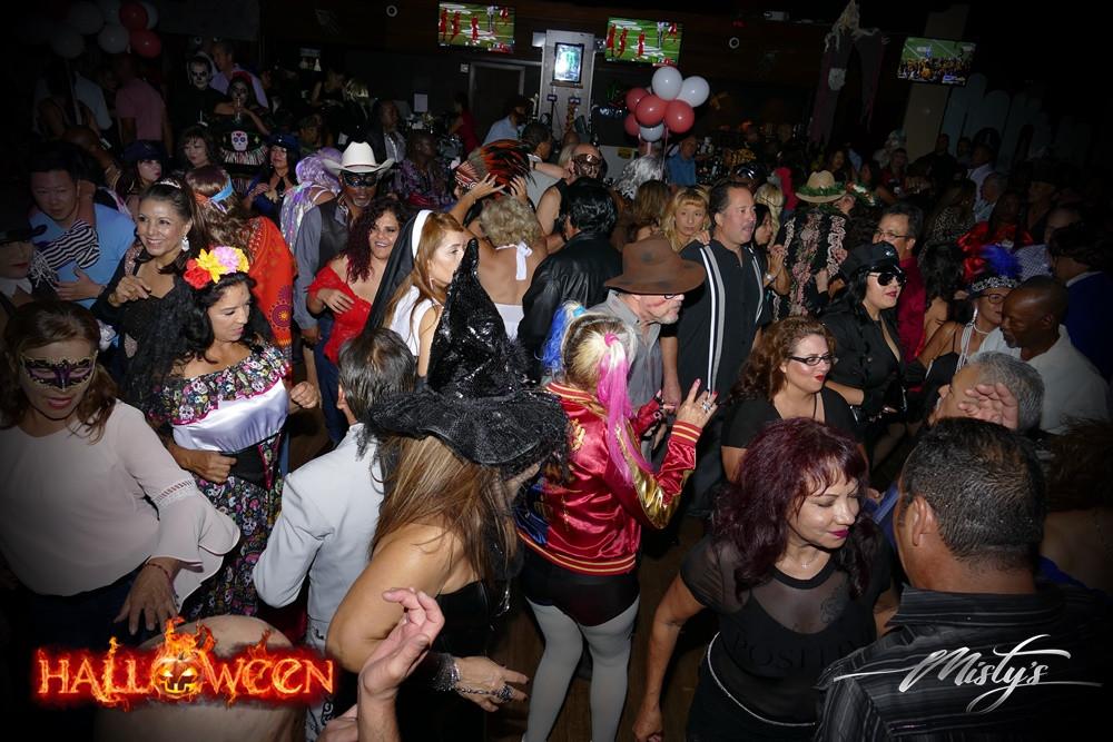 Halloween party Pic14.JPG