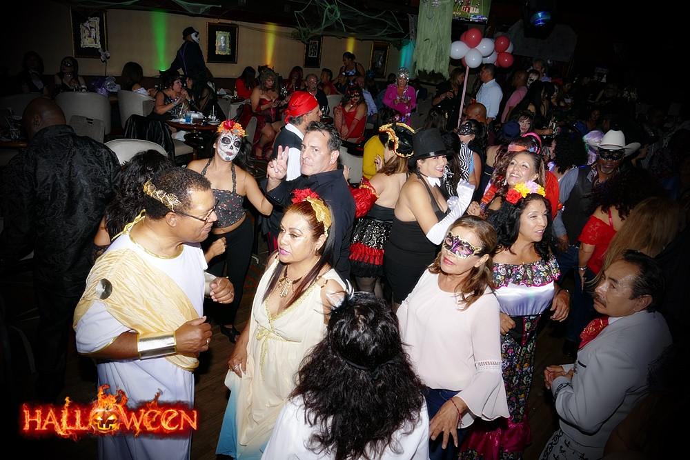 Halloween party Pic13.JPG