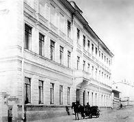 school 100 yrs ago.jpg
