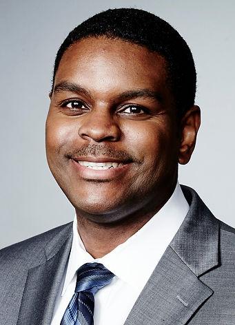 Quincy Johnson Headshot.jpg