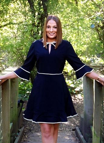 Lutton_Amanda_Professional_Picture.jfif