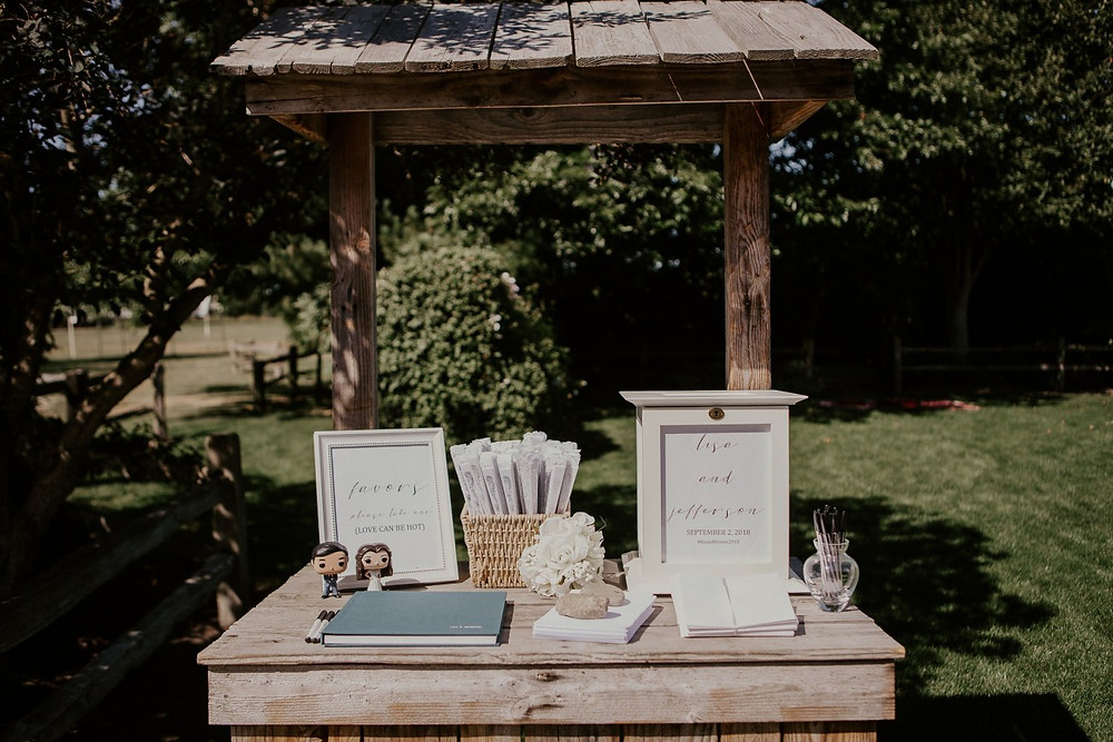 Photos from a rustic wedding at Craven Farm in Snohomish, a wedding venue near Seattle, WA. | My Snohomish Wedding | Snohomish Wedding Planning