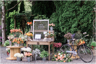 European Market Theme at Jardin del Sol: The Snohomish Wedding Tour