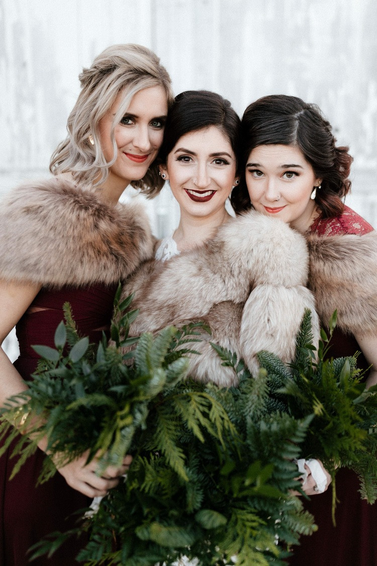 A bride and her bridesmaids before a winter wedding at Dairyland in Snohomish, a wedding venue near Seattle, WA. | My Snohomish Wedding | Snohomish Wedding Planning
