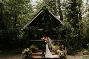 Real Snohomish Wedding: A Low-Key, Relaxed Wedding at Maroni Meadows