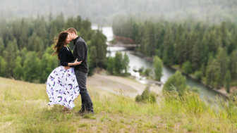 Engagement Photo Outfits: What To Wear