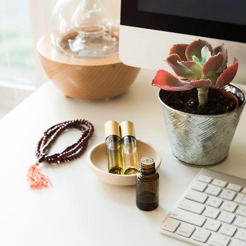 Gladstone_Home_Desk_Scene-137.jpg
