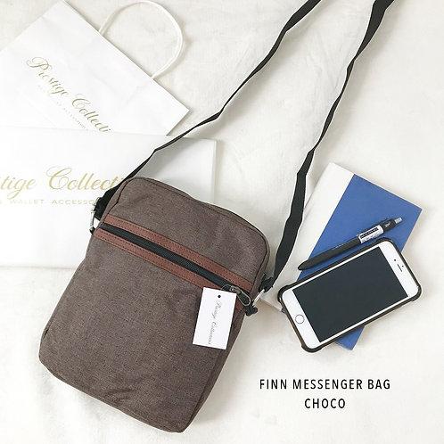 Finn Messenger Bag