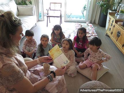 Book Reading at Cristina Fugis daughter