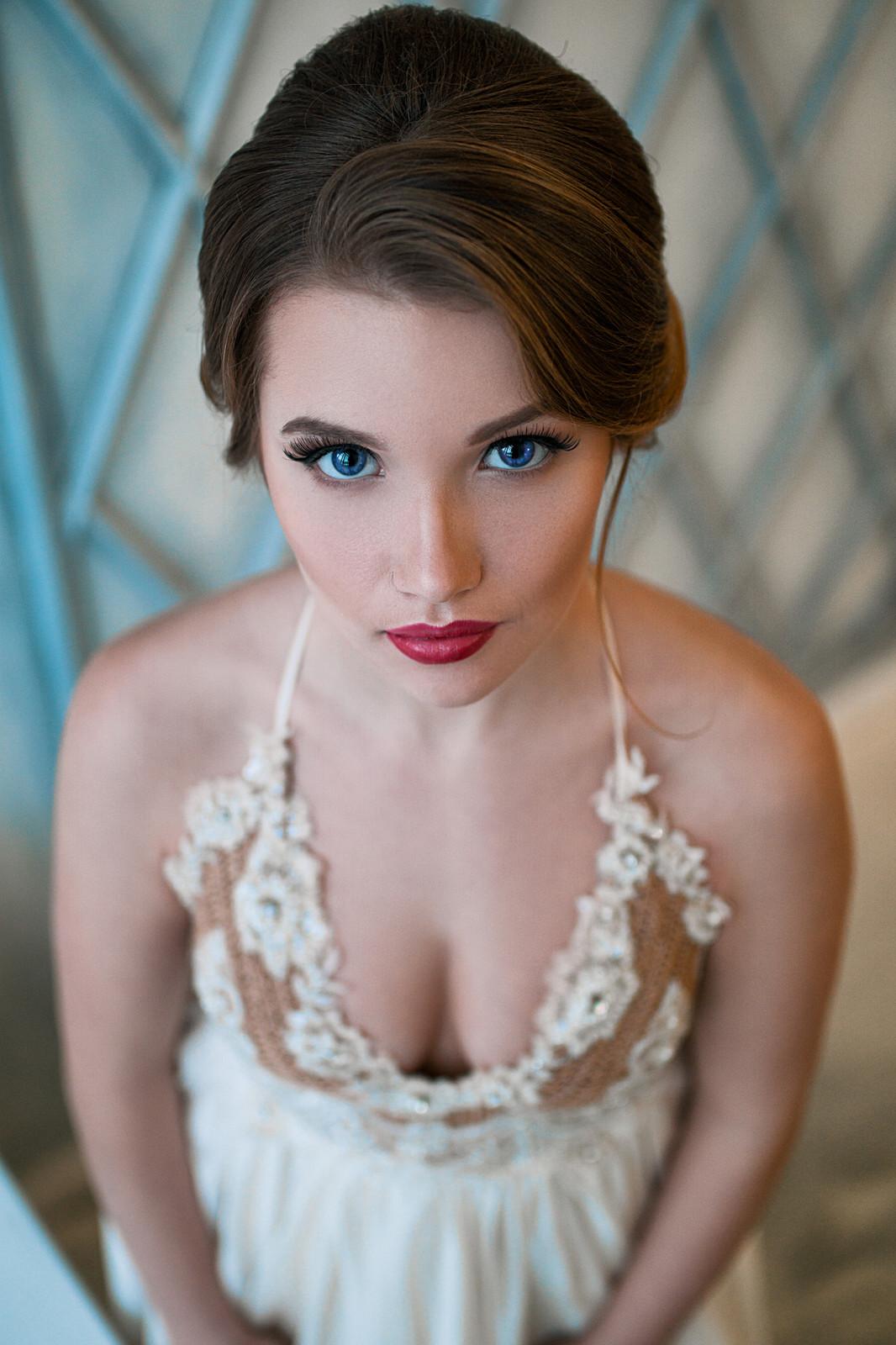 masterbating-car-potential-russian-bride-sexy-naughty