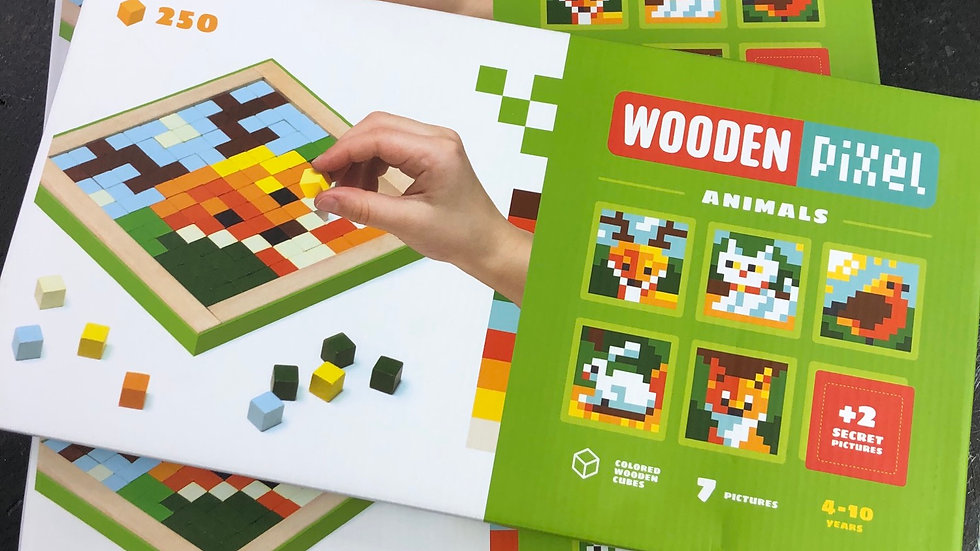 Wooden pixel kit animals