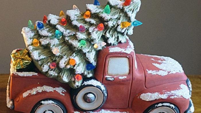 Vintage Christmas tree ceramics (choose a date)