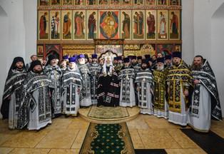Награждение иеромонаха Пафнутия (Попова) в понедельник Страстной седмицы