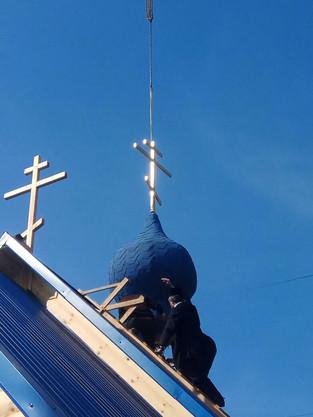 Установка купола на Подворье Иосифо-Волоцкого мужского ставропигиального монастыря