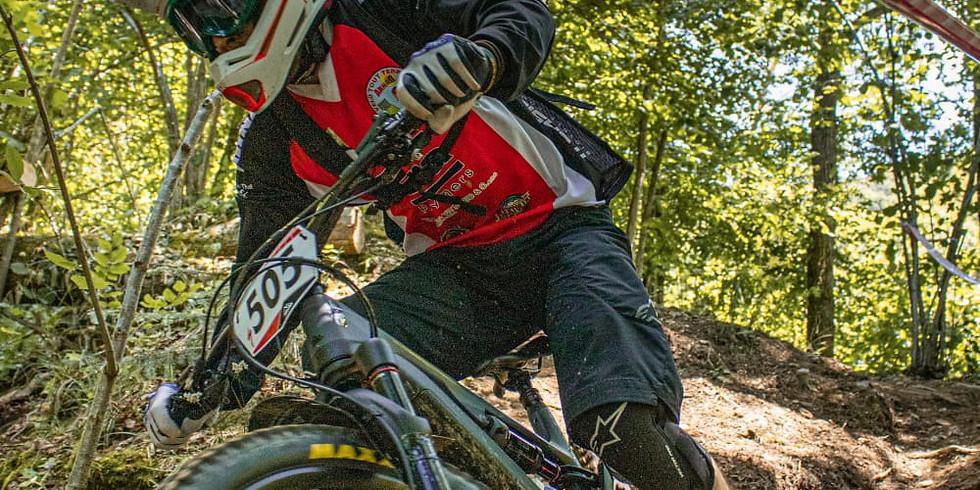 Corsi di Enduro in e-bike a Rocca C.se - ROCCA AND ROLL  con ALESSANDRO LEVRA , Maestro FCI e Campione di DH e Enduro