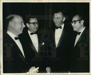 GULLEGE 1963 PRESS PHOTO NAHB.jpg