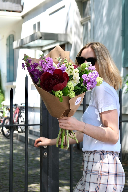 Blumen schenken Geschenk Geschenkidee Zürich Schweiz Blumen Schweizer Blumen Liefern