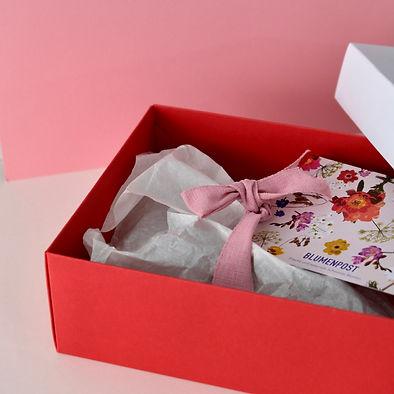 Geschenkbox Blumenpost schenken geschenk Blumen Abo Gutschein Blumen Trockenblumen