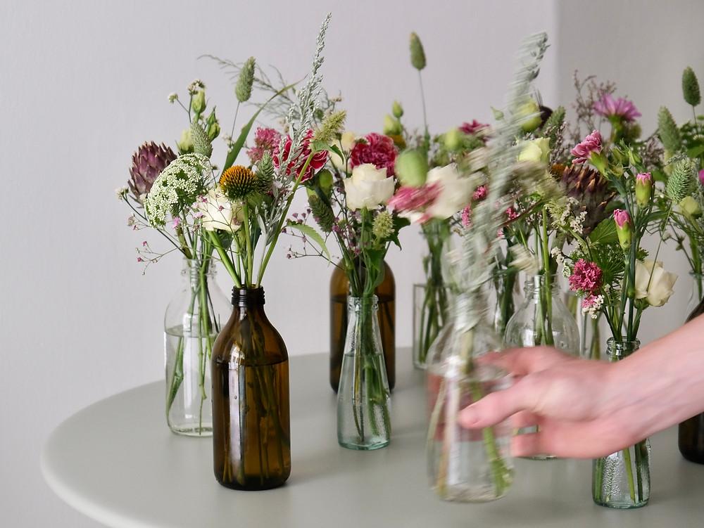 Blumenpost Blumendekoration Tisch Pinterest