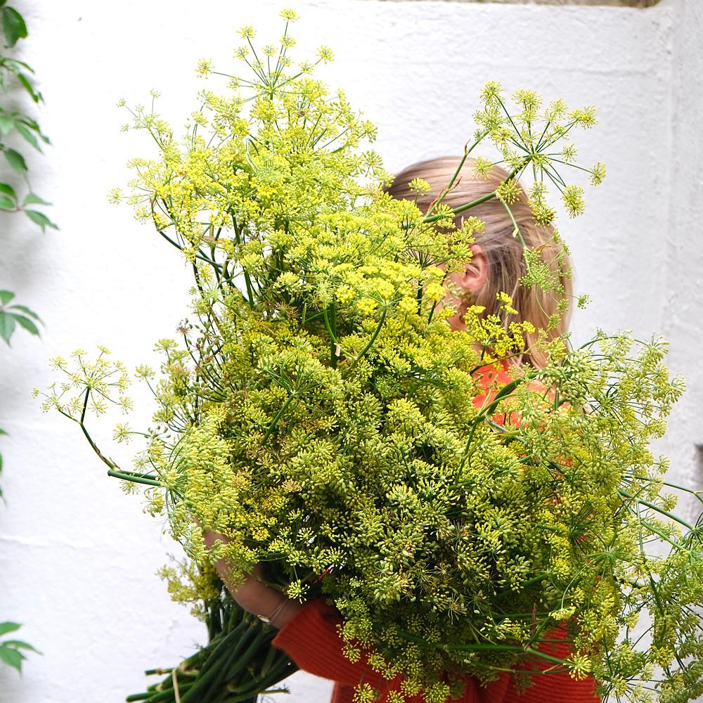 Blumenpost Blumenstrauss Fenchel Blumen bestellen liefern Schweiz Zürich