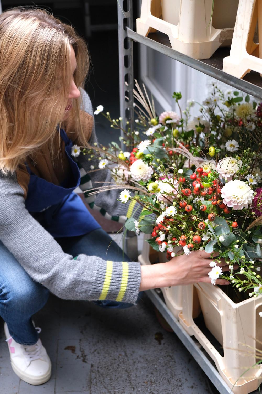 Blumenpost nachhaltige Lieferdienst blumen zürich bestellen online schön wild geschenk blume blumen schenken oktober