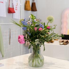 Blumenpost in Läden