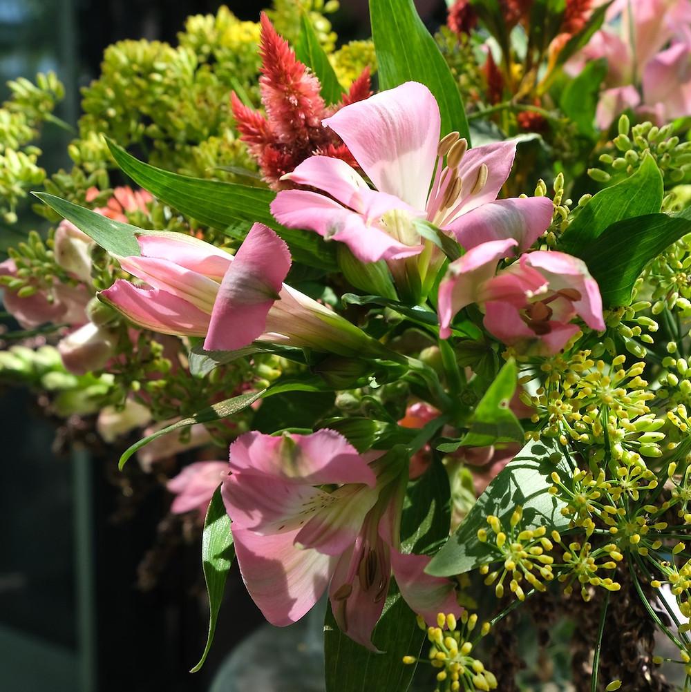 Blumenpost Blumenstrauss Alstroemeria Blumen bestellen liefern Schweiz Zürich