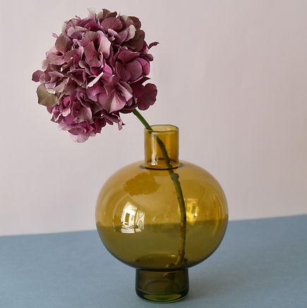 Blumenpflege Tipps für Blumenpflege Wie pflege ich mein Blumen Tipps und Tricks zur Blumenpflege Blumen anschneiden Blumenvase