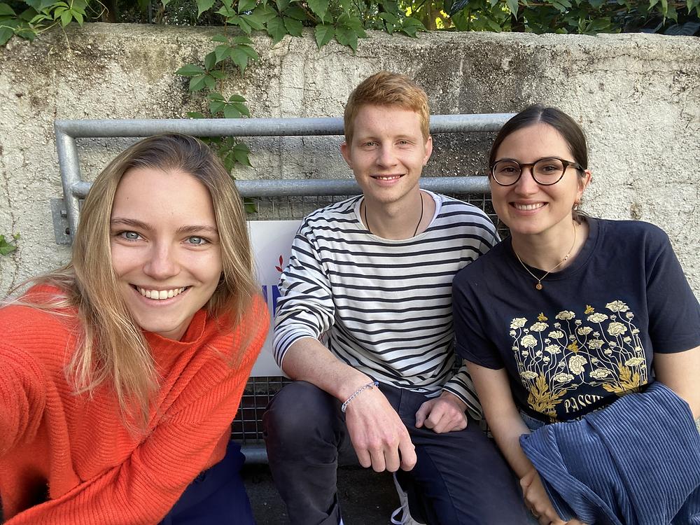 Die 3 Gründer von Blumpost: Jan, Joëlle und Julia