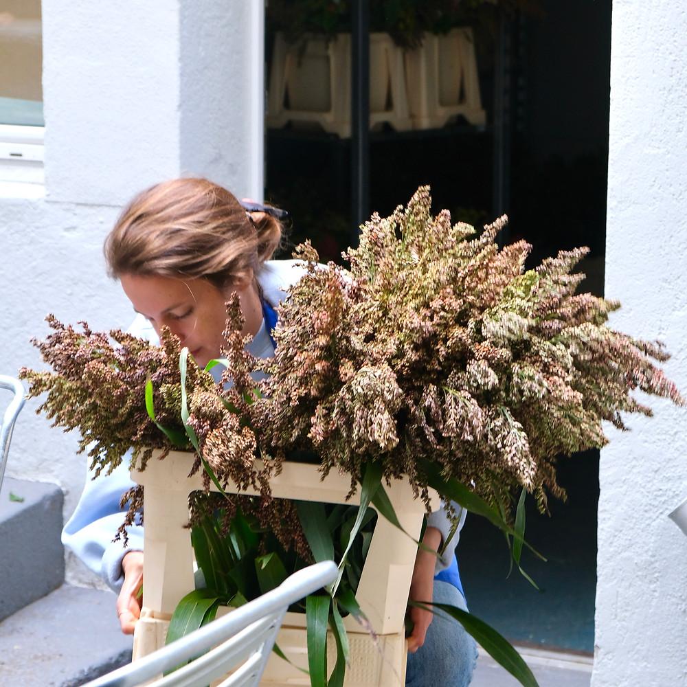 Blumenpost Blumenstrauss Sorghumhirse Hirse Saison Blumen bestellen liefern Schweiz Zürich