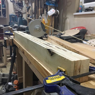 It looks like the edge jointing jig is a