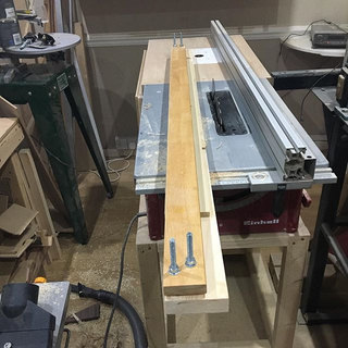 Edge jointing jig.jpg