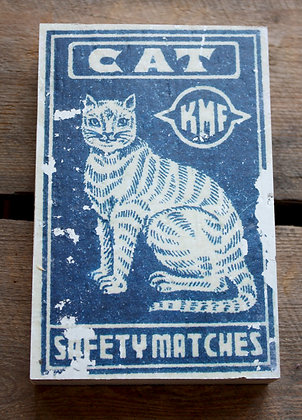 Cat 1 – matchbox